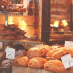 les petits pains au chocolat et les croissants du dimanche matin